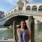 Venice tour guide in front of Rialto bridge